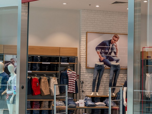 O-POSNANIA-Cross-Jeans-(5)